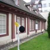 Aussenansicht der Galerie (c) carzaniga.ch
