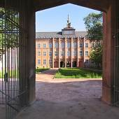 Grassimuseum Leipzig,Blick vom Johannisplatz in den ersten Innenhof, Foto: Michaela Weber
