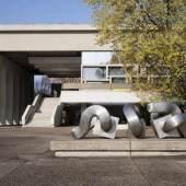 Bild: Der Glaskasten bei Nacht.     Skulpturenmuseum Glaskasten Marl / Foto: Wer