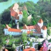 Luftaufnahme Landkreisgalerie Passau im Schloss Neuburg (c) landkreisgalerie.de