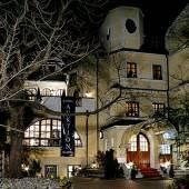 Auktionshaus Hampel am Abend (c) hampel-auctions.com