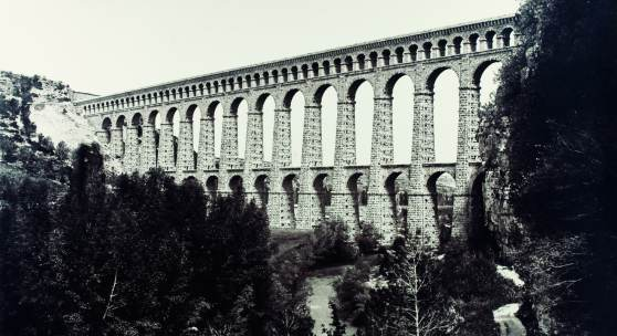 Édouard Baldus Roquefavour Albuminabzug, aus dem Album: Chemins de fer de Paris à Lyon et à la Méditerranée, 1861–1863