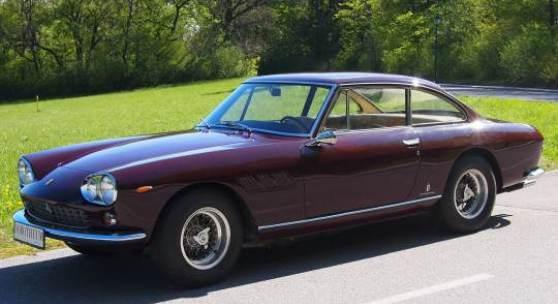 Fotonachweis: Dorotheum Ferrari 330 GT 2+2, Serie I, 1964, erzielter Preis € 76.160