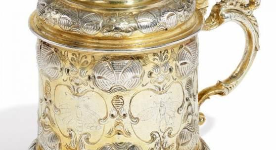 Großer Deckelhumpen Nürnberg, Hans Frühinsfeld (1644-1671), um 1660 Silber, getrieben, gegossen, Schätzpreis:11.000 - 13.000 EUR
