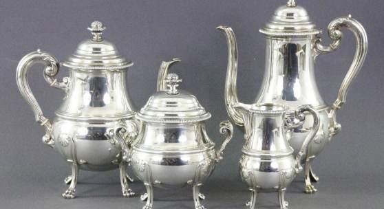 Katalog-Nr. 534 Kaffee-/Teeservice mit Zuckertopf und Sahnekanne aus 950er Silber, Frankreich, 19./20. Jahrhundert, Gesamtgewicht ca.: 2384gr. • Kategorie: Silber • Limit: 1.950,00 EUR