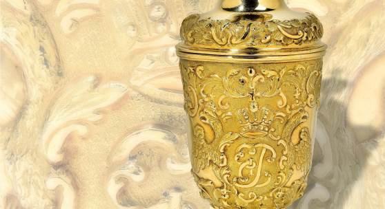 Nr. 283  Zarin Elisabeth Petrowna  (1709-1762)  Goldener Deckelbecher