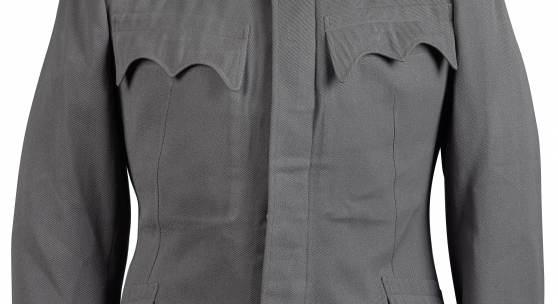 Feldgraue Bluse M 1915 für einen Hauptmann im Generalstab, getragen vom späteren Theresienritter Hptm. D. G. Friedrich Krömer, Rufpreis € 800