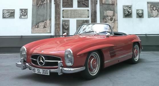 Lot 449 1958 Mercedes-Benz 300 SL Roadster  Schätzwert € 950.000-1.250.000