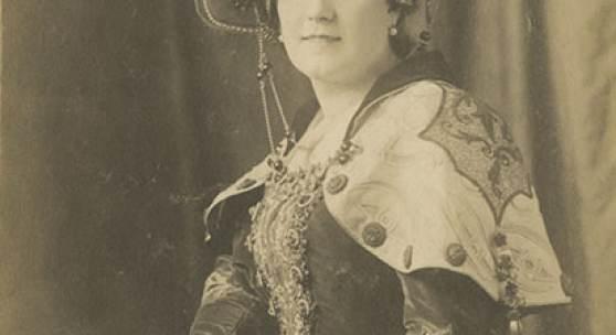 Charlotte Basté, Rollenporträt Katharina (William Shakespeare Der Widerspenstigen Zähmung), [vor 1907]