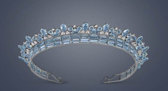 Cartier Art déco Aquamarin Diadem, Platin 950, Aquamarine zusammen ca. 70 ct., Diamanten zusammen ca. 4 ct., signiert Cartier London, Arbeit um 1930 - 35, erzielter Preis € 582.800
