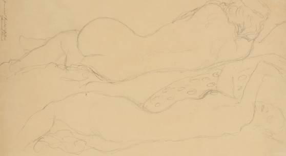 Gustav Klimt Wien 1862 – 1918 daselbst, 'Zwei liegende Rückenakte', Bleistiftzeichnung, 37 x 56 cm, gebräunt, berieben, Randbeschädigungen, knittrig, montiert – l.o. handschriftlicher Vermerk: 'Nachlass meines Bruders Gustav Hermine Klimt' –