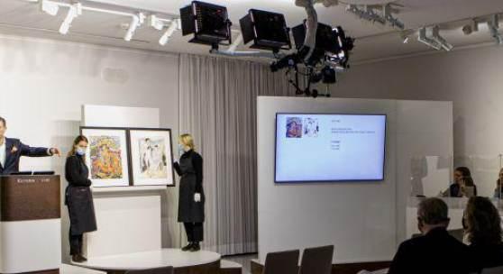 Firmenchef Robert Ketterer dirigiert das Auktionsgeschehen bei der rekordträchtigen Dezemberauktion in München