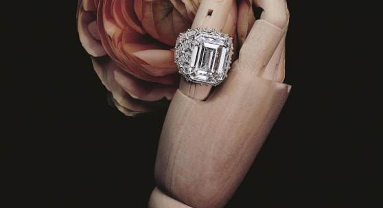 Buccellati, yellow gold ring  set with a diamond, Estimation: 240 000 – 260 000 € (c) Artcurial