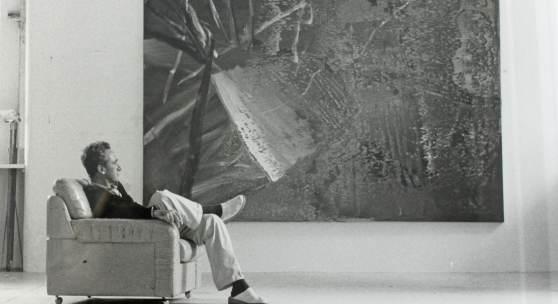 Gerhard Richter im Kölner Atelier 1984 Foto Benjamin Katz Copyright VG Bild Kunst 2017