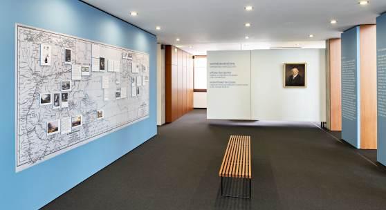SMP Humboldt Blick in Ausstellung Foto Winfried Reinhardt