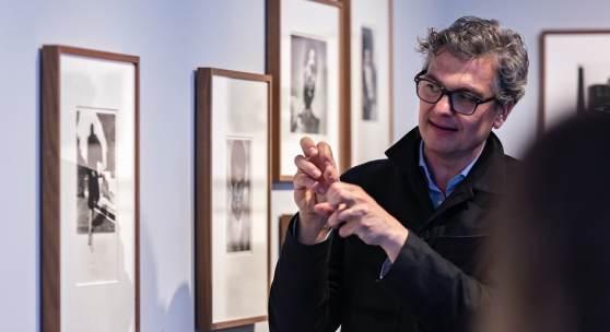 Felix Hoffmann in der Ausstellung Contradiction der österreichischen Fotografin Elfie Semotan © C/O Berlin Foundation, Stephanie von Becker