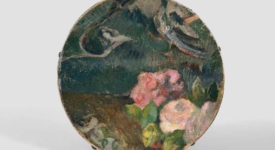 Paul Gauguin (1848-1903), Blumen und Vogel, Tamburin-Dekor – um 1884/1886, Öl auf Leder, Durchmesser 20 cm, Schätzpreis: 70 000 - 100 000 €