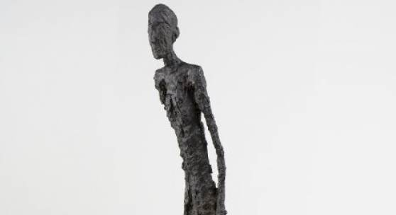 Walking Man, 1960 © Alberto Giacometti Estate, (Fondation Giacometti, Paříž + ADAGP, Paris) 2019