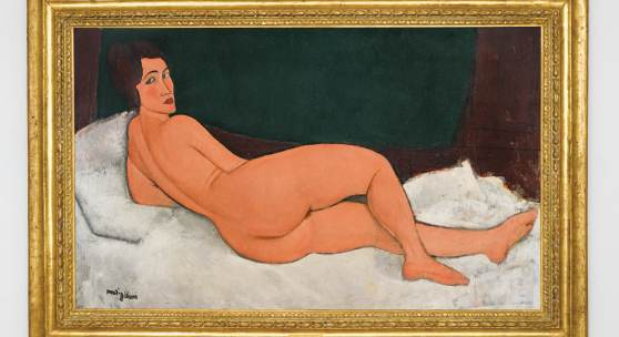 ot 18 Amedeo Modigliani Nu couché (sur le côté gauche) Signed Modigliani (lower left) Oil on canvas 35¼ by 57¾ in.; 89.5 by 146.7 cm Painted in 1917 Estimate in excess of $150 million