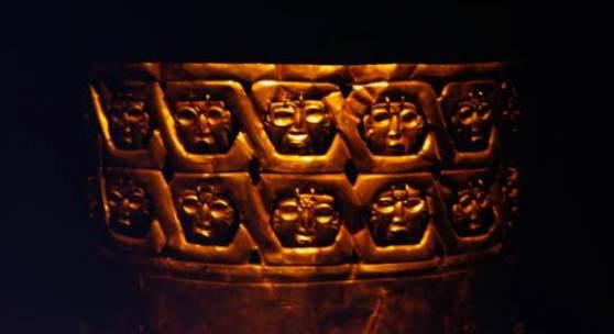 <p>Antiker Goldschmuck in der peruanischen Region Cajamarca - Foto: Quetzal-Redaktion, ssc Bildmaterial: www.quetzal-leipzig.de</p>