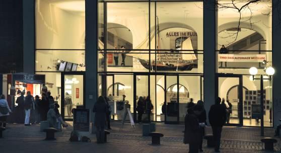 Das Altonaer Museum bei Nacht, Foto Ulrike Pfeiffer