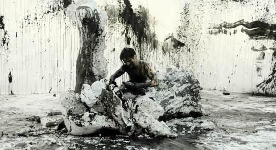 "Anastasia Ax, ""The Kid Below"", 2010, Performance, Kunstnerens hus, Oslo, Foto: Kaja Leijon Haugen"