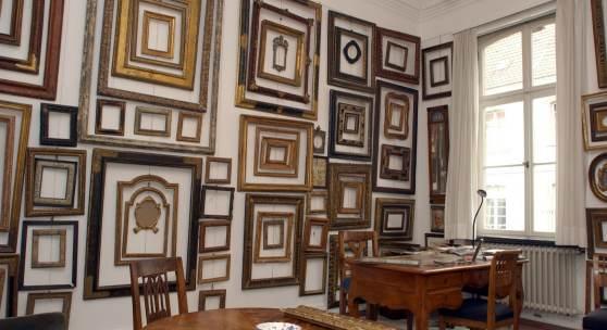 14. Auktion antiker Rahmen bei CONZEN in Flingern