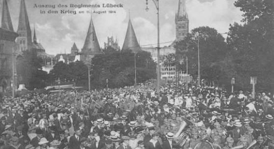 Auszug des Regments Lübeck in den Krieg am 11. August 1914