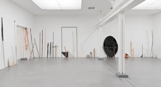 Ana Strika, Eins nach dem andern, 2021. Ausstellungsansicht Museum Haus Konstruktiv, 2021. Foto: Stefan Altenburger