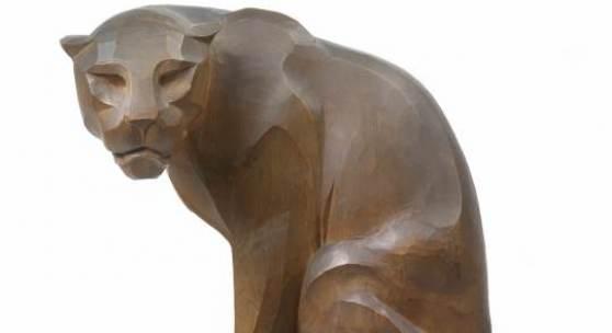 Franz Barwig d. Ä. Sitzender Panther, um 1906 Lindenholz, geschnitzt und patiniert 42,5 x 28 x 15 cm Privatbesitz, Wien Foto: © Dorotheum, Wien