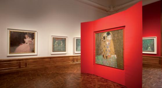 544 Meisterwerke neu entdecken, Klimt-Saal / Der Kuss, Foto: Ian Ehm