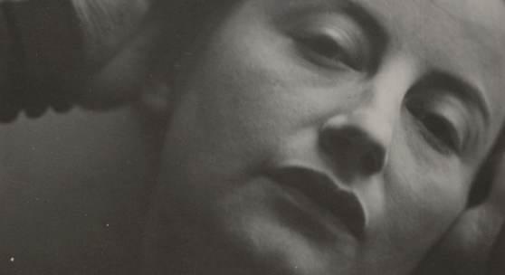 Traute [Gertrud] Rose, geb. Süssenbach Ohne Titel (Porträtaufnahme Lotte Lasersteins), 1934, © Autorin,  Repro: Anja Elisabeth Witte