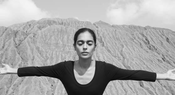 Shirin Neshat: Roja (Filmstill), 2016, Leihgabe der Künstlerin und der Gladstone Gallery, New York und Brüssel © Shirin Neshat