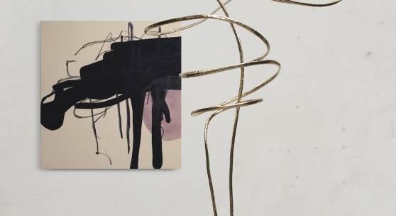 Credits: Julian Khol, come undone, 2020, Skulptur, Kupferrohr, vergoldet, Höhe: 245 cm (inkl. Sockel) Unterströmung, 2019, Malerei, Öl und Ölkreide auf Leinwand, 150 x 160 cm