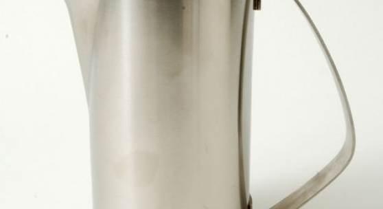Christa Petroff- Bohne (Entwurf), Kaffeekanne, um 1961 VEB Auer Besteck- und Silberwarenwerke (Ausführung)