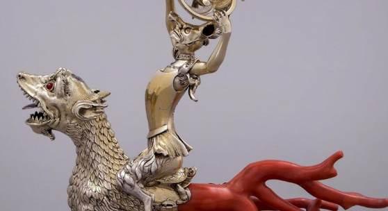 Nautiluspokal mit Korallenzinken, Johann Heinrich Köhler, Dresden, 1724 (Neufassung) Umkreis der Familie Bellekin, wohl Amsterdam, 1. Hälfte 17. Jahrhundert (Perlmutterarbeit), Drache wohl 3. Viertel 16. Jahrhundert, Grünes Gewölbe