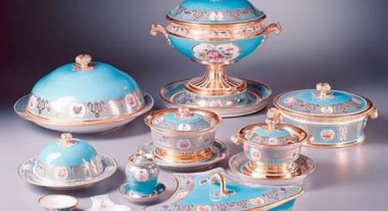 kaiserliche porzellanmanufaktur russische brautsch tze das porzellan der gro f rstinnen. Black Bedroom Furniture Sets. Home Design Ideas