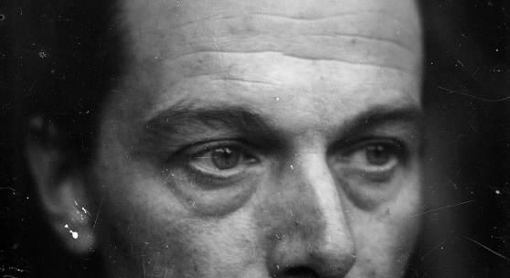 Ernst Ludwig Kirchner, Selbstporträt, um 1928, Glasnegativ, Kirchner Museum Davos, Schenkung Nachlass Ernst Ludwig Kirchner 1992