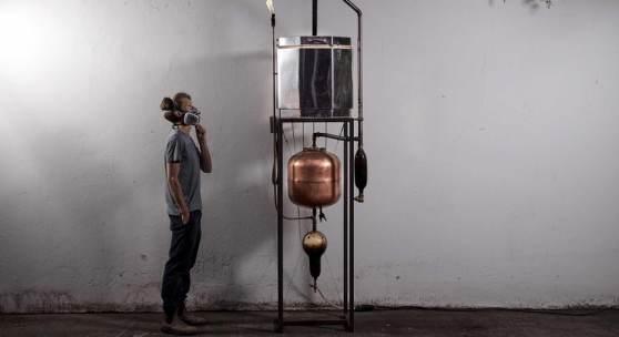 "Philipp Weber, eigens entworfener Koksofen aus ""From Below"" © Martin Mostert"
