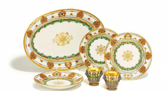 Service des Großfürsten Konstantin Nikolajewitsch Kaiserl. Porzellanmanufaktur St. Petersburg   1848 Erg: €10.240