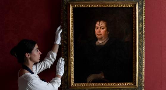 Diego Rodriguez de Silva y Velazquez, Portrait of Olimpia Maidalchini Pamphilj_£2-3 million (ii)