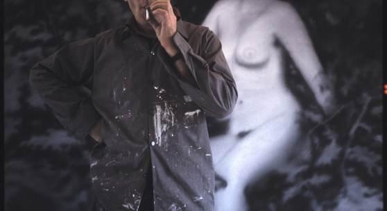 Erika Kiffl, Gerhard Richter in seinem Atelier, Fürstenwall, Düsseldorf, 1967, Farbfotografie auf, Aludibond, 50 x 50 cm, Stiftung Museum Kunstpalast, AFORK, Düsseldorf © Erika Kiffl, 2015 © Gerhard Richter, 2015
