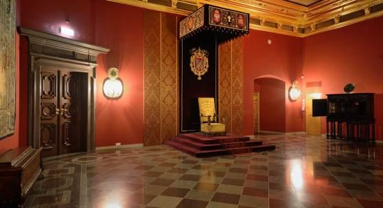 Rūmų atkurti istoriniai reprezentaciniai interjerai