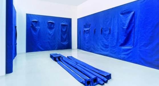 Franz Erhard Walther Raumabnahme BLAU (Hamburger Raum), 1997–1998 Franz Erhard Walther Foundation © VG Bild-Kunst, Bonn 2019