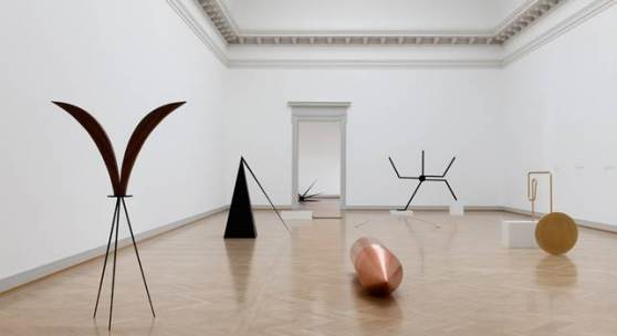 Foto: Iman Issa, installation view, Surrogates, Kunstmuseum St. Gallen, 2019. Courtesy the artist and Rodeo, London / Piraeus. Photo: Sebastian Stadler