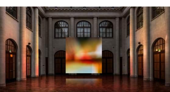 Großinstallation FADE des Lichtbildners Jakob Kupfer