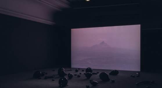 Monira Al Qadiri Holy Quarter, 2019 Installationsansicht Haus der Kunst, 2019 Foto: Maximilian Geuter