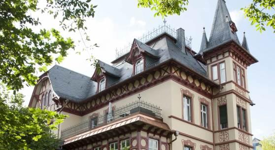 Die Villa Wegener in Fulda erhielt 2014 beim Bundespreis für Handwerk in der Denkmalpflege Hessen den 1. Preis © M.-L. Preiss/Deutsche Stiftung Denkmalschutz