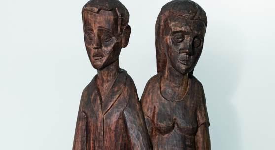 Hermann Scherer Knabe und Mädchen 1925 Holzskulptur 145x68x28cm