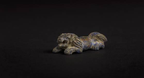 Überaus seltene naturalistische Löwenminiatur, die 3000 vor Christus im elamitischen Reich gefertigt wurde.